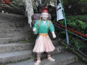 桃太郎神社-芝刈り爺さん