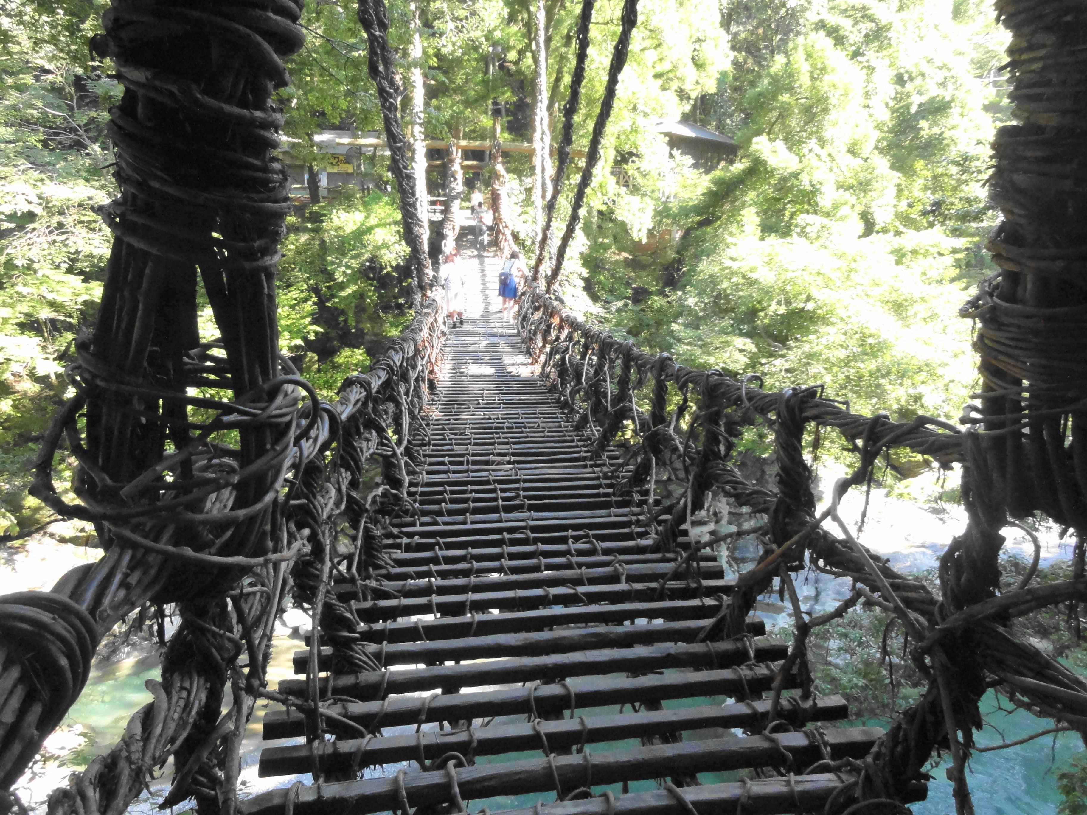 かずら橋正面